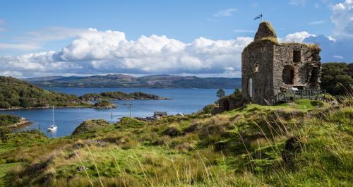Tarbert-West-Coast-Of-Scotland...